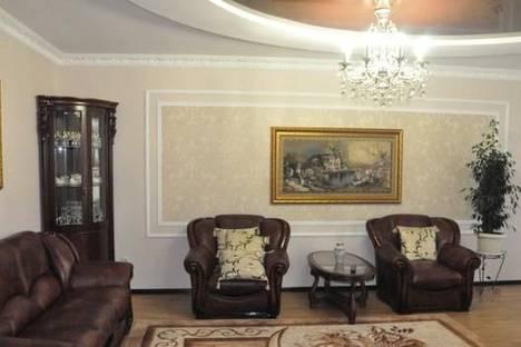 Сдается 2-комнатная квартира посуточнов Трускавце, ул. Крушельницкой , 8.