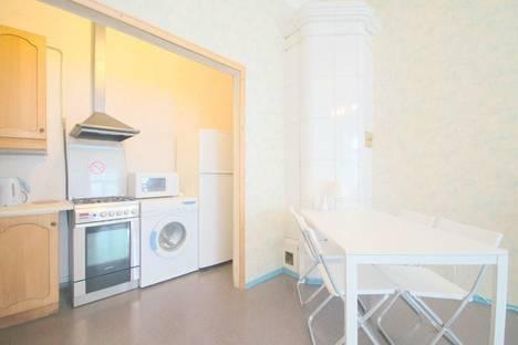 Сдается 2-комнатная квартира посуточнов Санкт-Петербурге, Загородный проспект, д. 26.