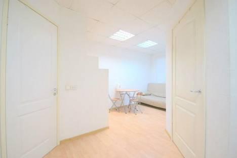 Сдается 1-комнатная квартира посуточнов Санкт-Петербурге, Захарьевская, д. 12.