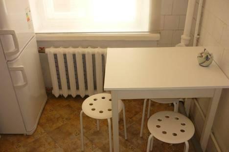Сдается 2-комнатная квартира посуточнов Санкт-Петербурге, Ул. Чапаева, д. 21.