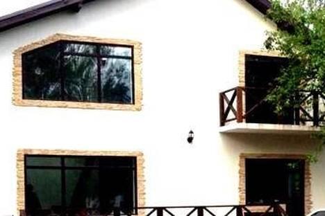 Сдается 1-комнатная квартира посуточнов Санкт-Петербурге, ул. Мончегорская, 2.
