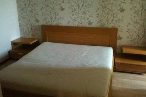 Сдается 2-комнатная квартира посуточно в Новороссийске, Мира,19.