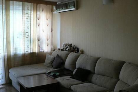 Сдается 2-комнатная квартира посуточно в Новороссийске, ул. Молодежная, 24.