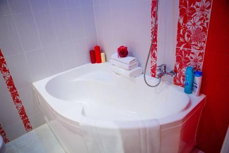Сдается 1-комнатная квартира посуточно в Курске, ул.Карла Либкнехта, 20.