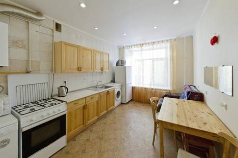 Сдается 2-комнатная квартира посуточнов Санкт-Петербурге, Садовая ул., 11.