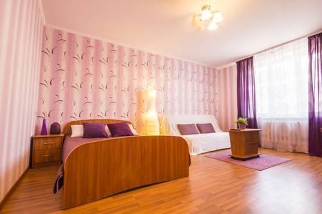 Сдается 1-комнатная квартира посуточно в Уфе, Менделеева 145.