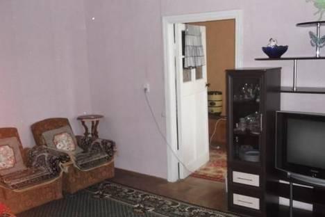 Сдается 2-комнатная квартира посуточно в Керчи, ул. 23 Мая, 148.