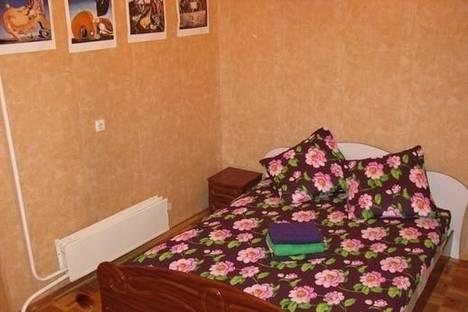 Сдается 2-комнатная квартира посуточно в Киеве, ул. Шота Руставели, 33а.