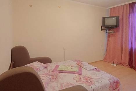 Сдается 1-комнатная квартира посуточно, ул. Лескова, 6.