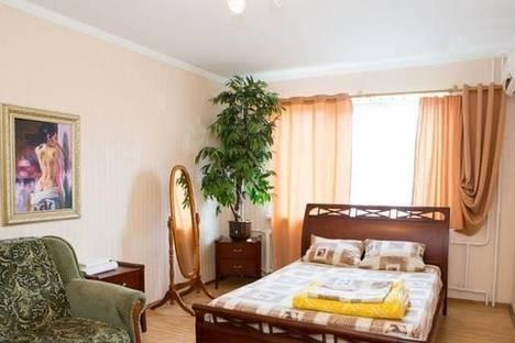 Сдается 1-комнатная квартира посуточно в Киеве, ул. Героев Днепра, 61.