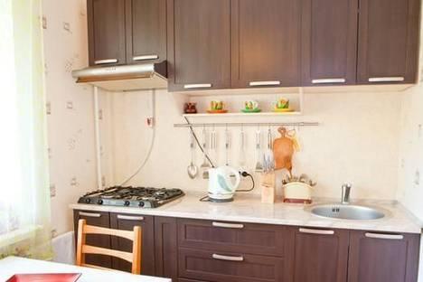 Сдается 1-комнатная квартира посуточно в Киеве, ул. Героев Днепра, 47.
