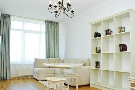 Сдается 2-комнатная квартира посуточно в Киеве, Туманняна, 3.