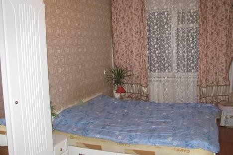 Сдается 2-комнатная квартира посуточно в Брянске, орловская 18.