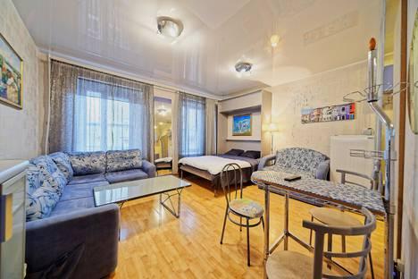 Сдается 1-комнатная квартира посуточно в Санкт-Петербурге, Невский проспект, д.127.