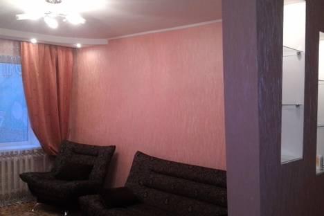 Сдается 3-комнатная квартира посуточно в Брянске, ул. Авиационная, 23.