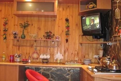 Сдается 1-комнатная квартира посуточно в Мариуполе, ул. Николаевская , 62.