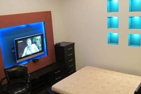 Сдается 1-комнатная квартира посуточно в Мариуполе, Маріуполь, проспект Миру, 60.