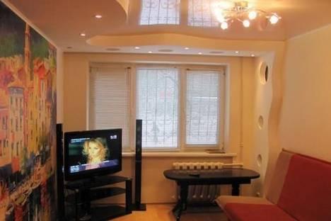 Сдается 2-комнатная квартира посуточно в Мариуполе, пр-т Строителей, 113.