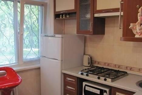 Сдается 1-комнатная квартира посуточно в Мариуполе, пр-т Строителей , 113.