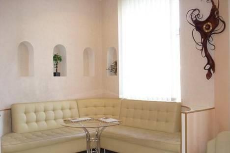 Сдается 2-комнатная квартира посуточно в Киеве, ул. Пушкинская, 11.
