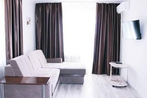 Сдается 1-комнатная квартира посуточно в Мариуполе, пр-т Нахимова, 103.