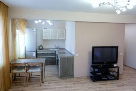 Сдается 2-комнатная квартира посуточно в Иркутске, ул. Марата 15/2.
