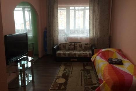 Сдается 1-комнатная квартира посуточнов Тарко-Сале, Строителей 19.