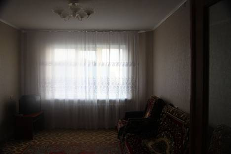 Сдается 3-комнатная квартира посуточно в Белокурихе, ул. братьев ждановых 3.