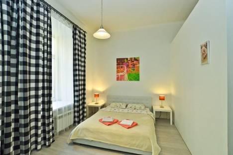 Сдается 1-комнатная квартира посуточнов Санкт-Петербурге, переулок Графский, 7.