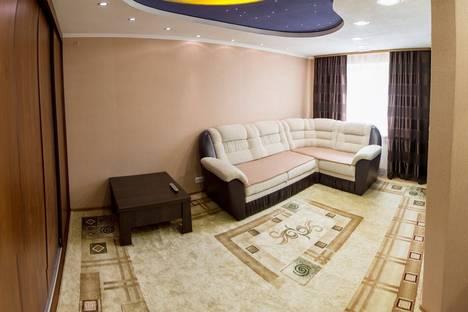Сдается 1-комнатная квартира посуточнов Кургане, ул. Пичугина, 21.