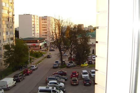 Сдается 4-комнатная квартира посуточнов Истре, ул. Главного Конструктора В.И.Адасько, 7/3 4 этаж.