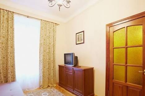 Сдается 1-комнатная квартира посуточно в Львове, ул. Пильникарская, 6.