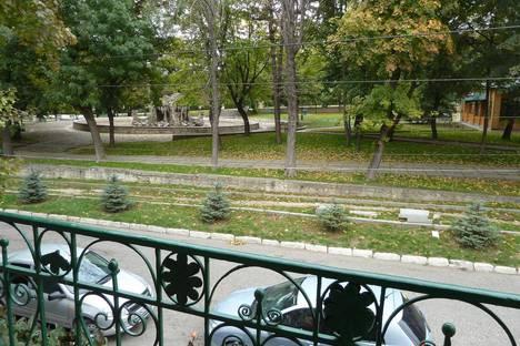 Сдается 2-комнатная квартира посуточно в Пятигорске, ул. Рубина, 4.