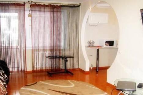 Сдается 2-комнатная квартира посуточно в Николаеве, ул. Советская, 13.