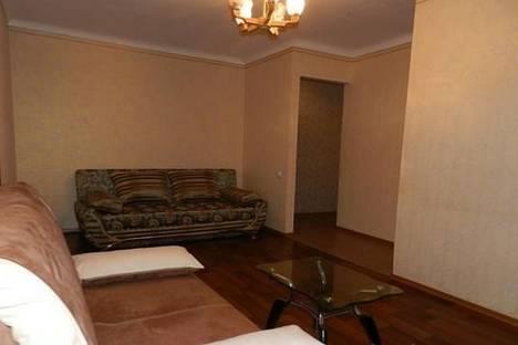 Сдается 2-комнатная квартира посуточно в Запорожье, пр-т Ленина, 156.