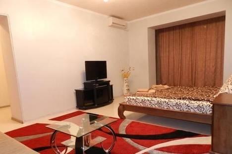 Сдается 1-комнатная квартира посуточно в Запорожье, б-р Центральный, 22А.