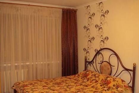 Сдается 2-комнатная квартира посуточно в Мариуполе, пр-т Строителей, 72.