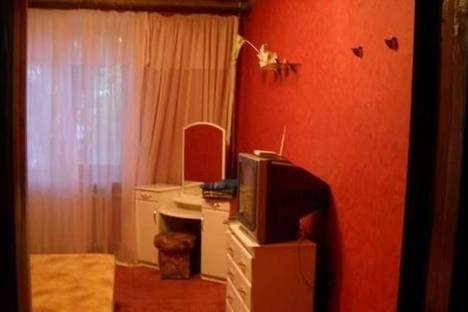 Сдается 3-комнатная квартира посуточно в Керчи, ул. Клинковского, 5/15.