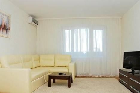 Сдается 2-комнатная квартира посуточно в Киеве, ул. Гмыри, 1.