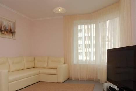 Сдается 2-комнатная квартира посуточно в Киеве, Днепровская наб, 26.