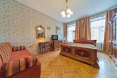 Сдается 1-комнатная квартира посуточнов Санкт-Петербурге, ул.Достоевского, д.5.