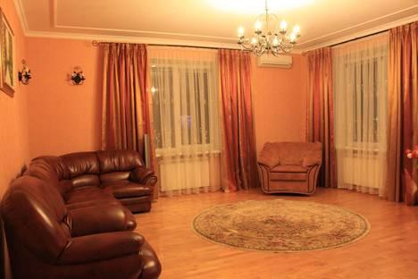 Сдается 3-комнатная квартира посуточно, бульвар Победы, 2.