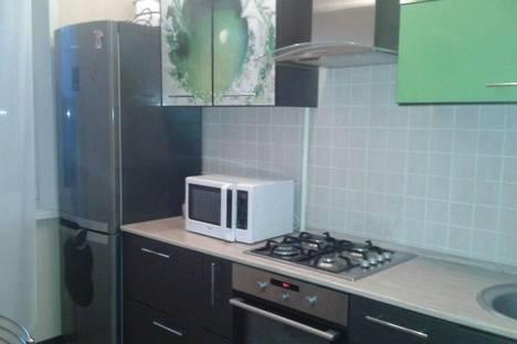 Сдается 3-комнатная квартира посуточно в Березниках, ул. Мира 128.