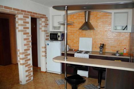 Сдается 3-комнатная квартира посуточно в Воронеже, ул. Кольцовская, 46а.