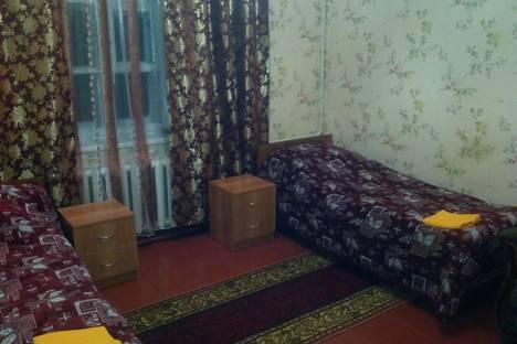 Сдается 2-комнатная квартира посуточно в Выксе, ул. Чкалова, 2.