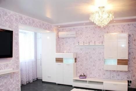 Сдается 1-комнатная квартира посуточно в Донецке, ул. Комсомольская, 32.