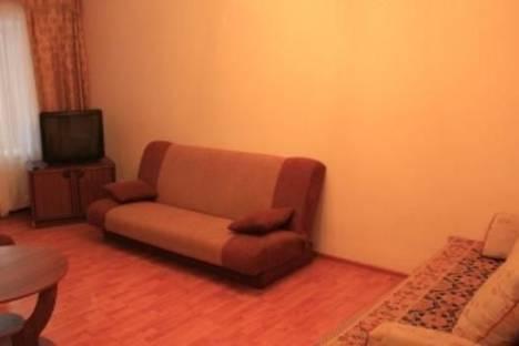 Сдается 2-комнатная квартира посуточно в Никополе, ул. Шевченко , 79.