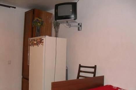 Сдается 1-комнатная квартира посуточно в Бердянске, ул. Дружбы, 51.