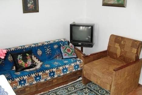 Сдается коттедж посуточно в Бердянске, пер. Парашютный, 161.