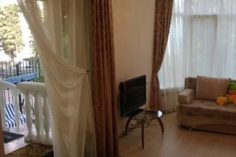 Сдается 3-комнатная квартира посуточно в Форосе, ул. Космонавтов, 7.